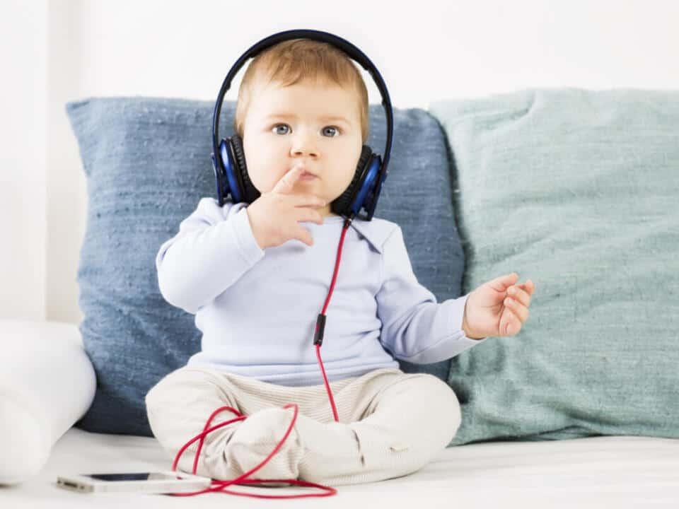 Audias Centro Auditivo, audífonos y protección auditiva ¿Cómo afecta el ruido en los niños?